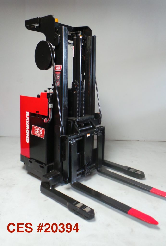 uuu _20394 Raymond Reach Forklift 180_ uuu