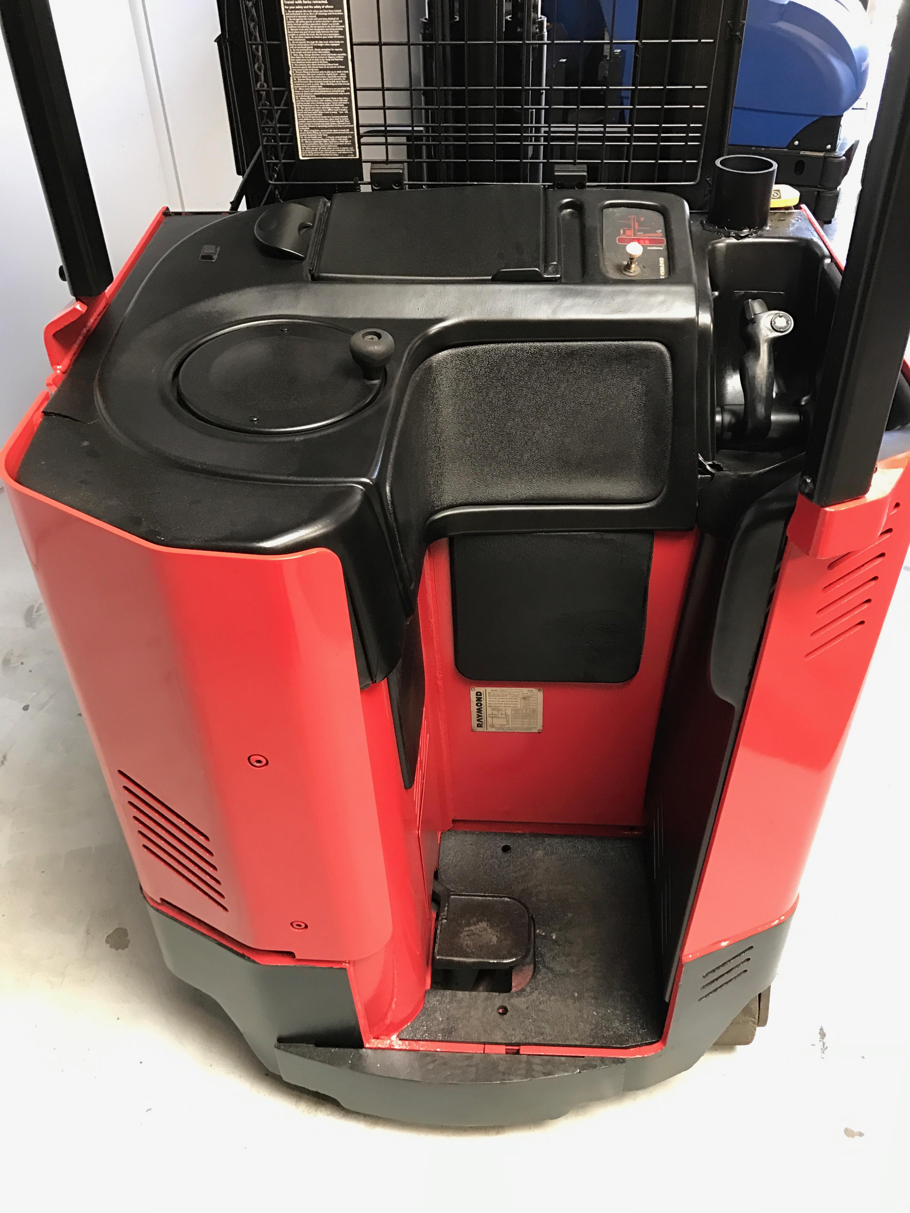 """CES #20489 Raymond EASI R40TT Reach Forklift 211"""""""