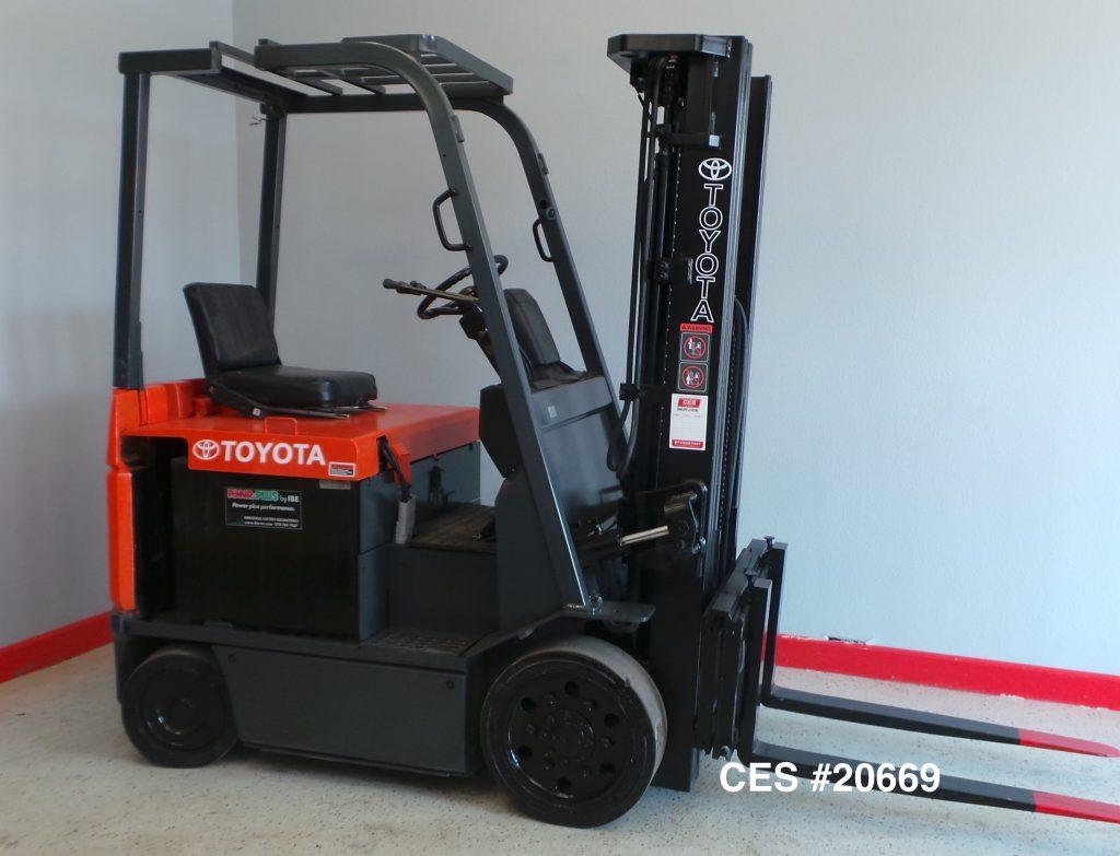 Ces 20669 Toyota 7fbcu25 Electric Forklift