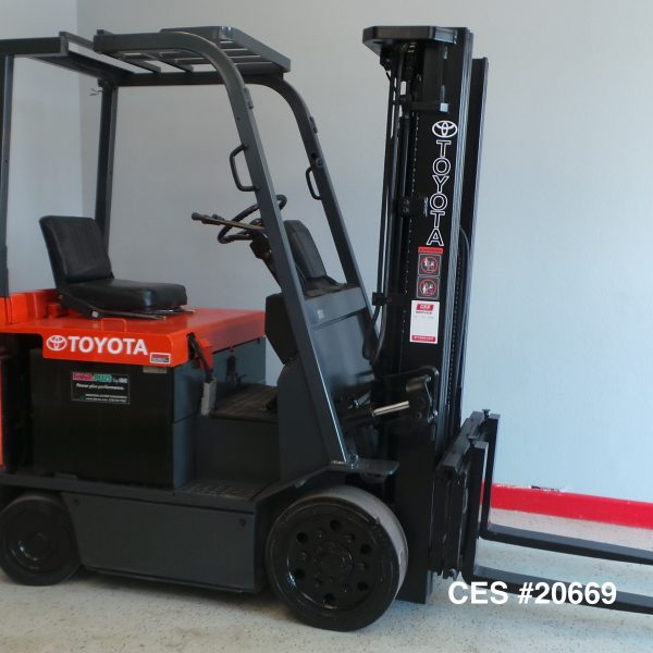 Used Toyota Under 5000: CES #20669 Toyota 7FBCU25 Electric Forklift