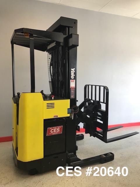 Narrow Aisle Reach Forklift