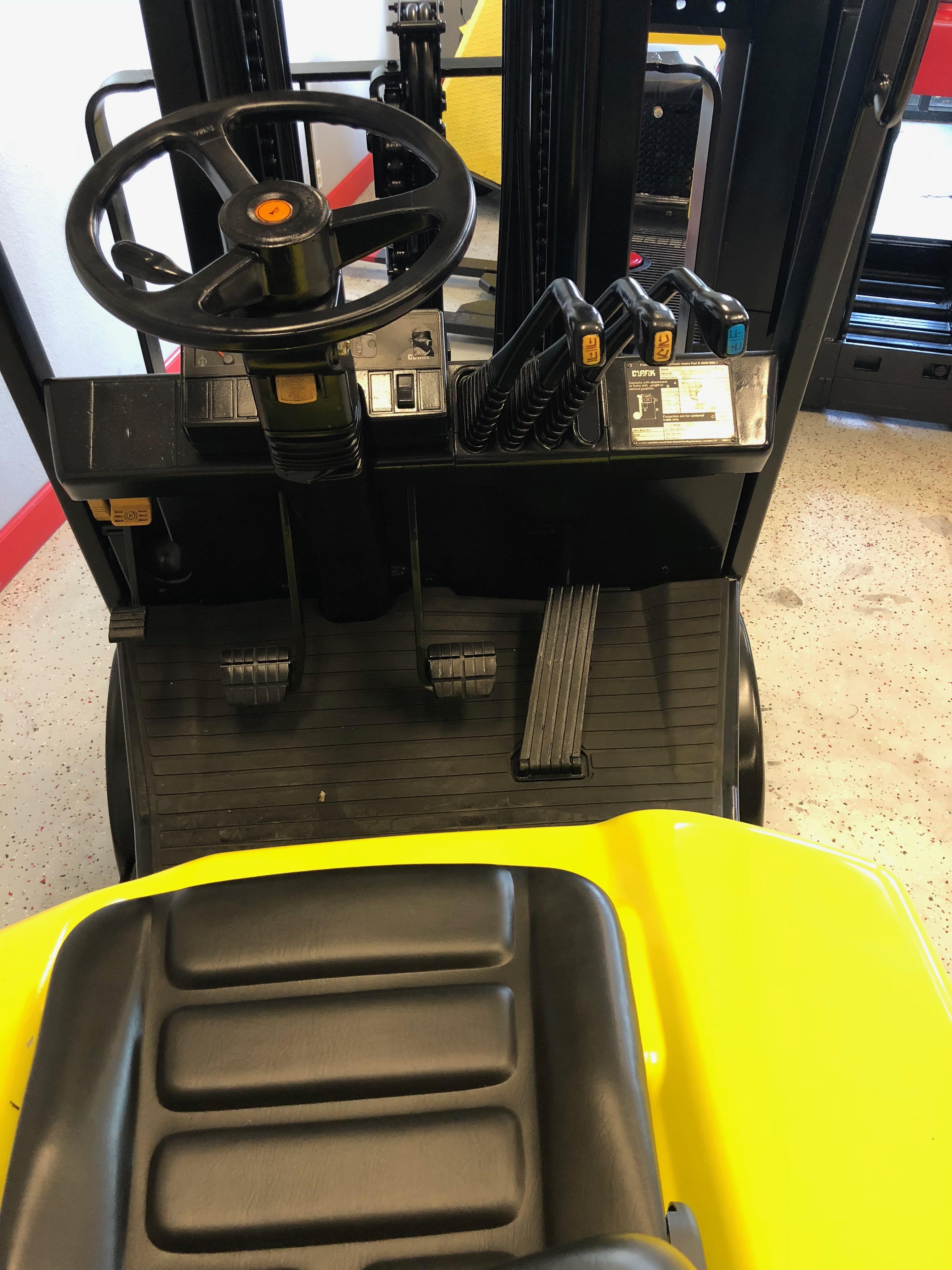 20794 Clark C25 5,000 lbs  Propane Forklift - Coronado