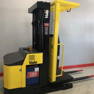 CES #20865 Yale Order Picker | Electric Forklift