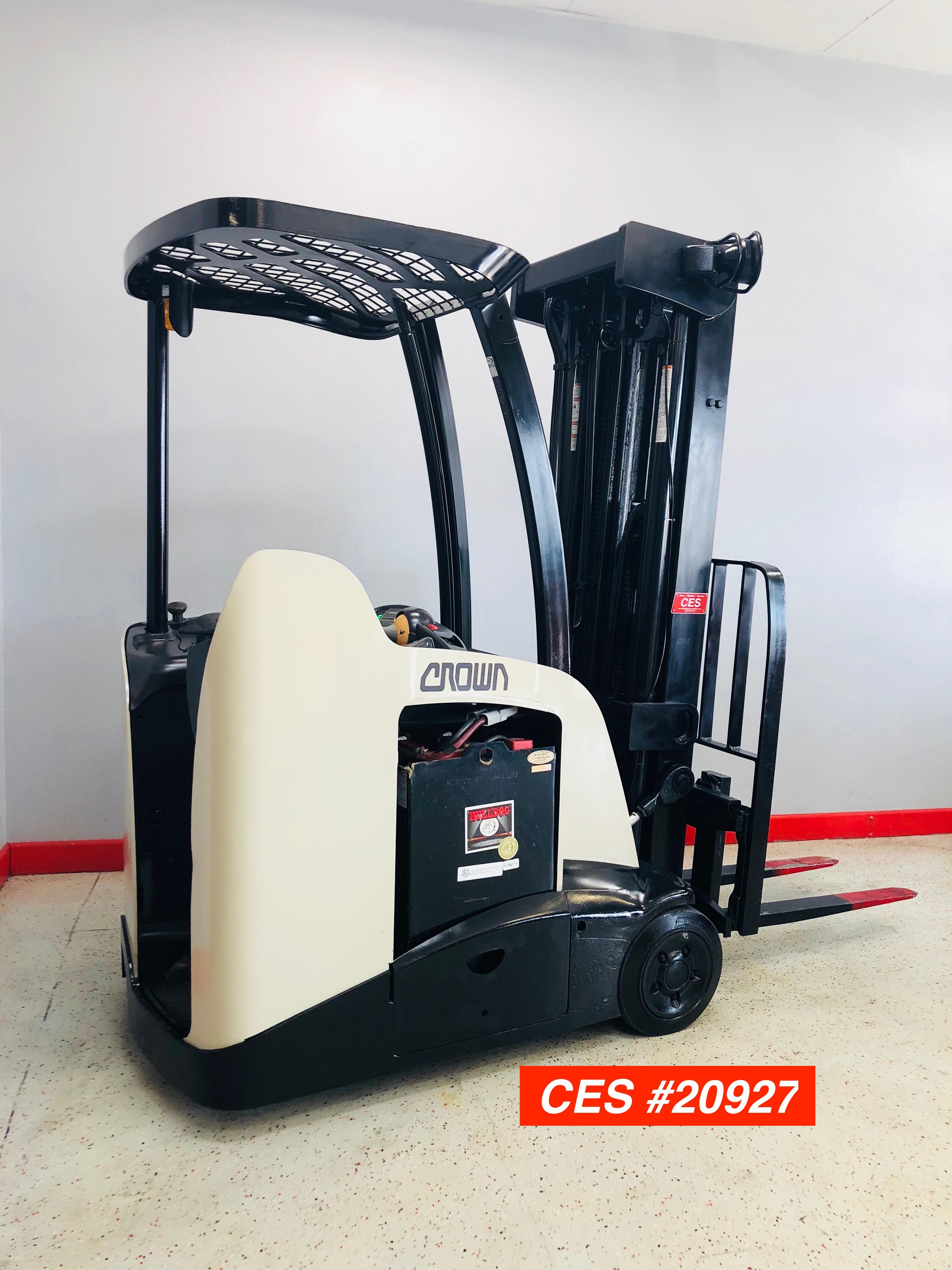 Used Forklift Dealer Ces 20927 Crown Rc5540 40 Docker