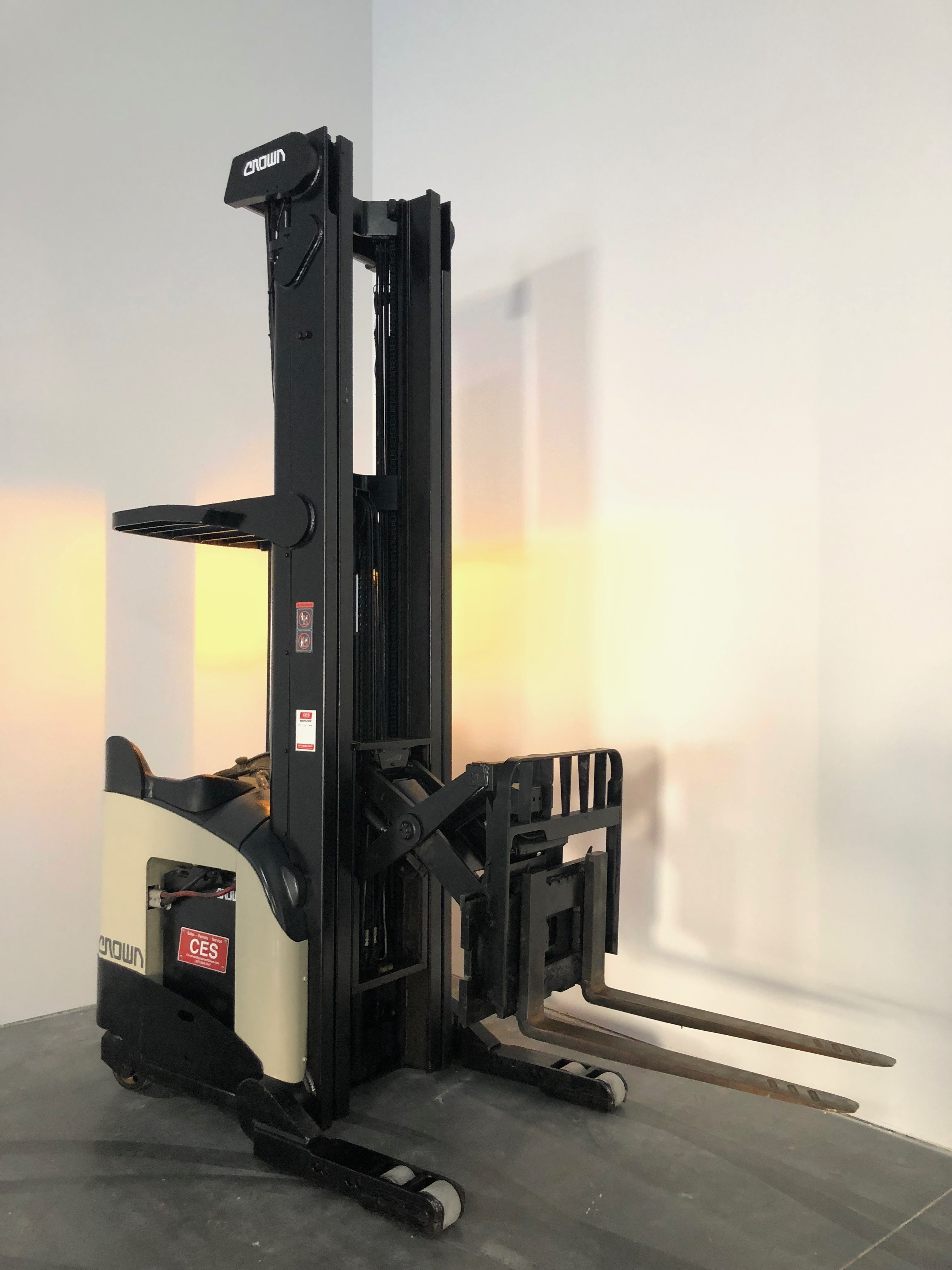 Forklifts For Sale Near Me Ces 21009 Crown Rr5220 45
