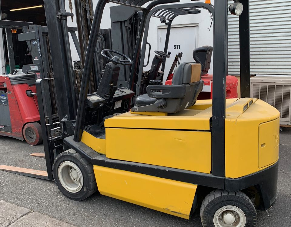 #21033 Yale ERP060 Electric Pneumatic Forklift