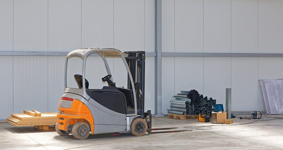Top 4 Reasons When To Get Electric Forklift for Sale vs. Rent