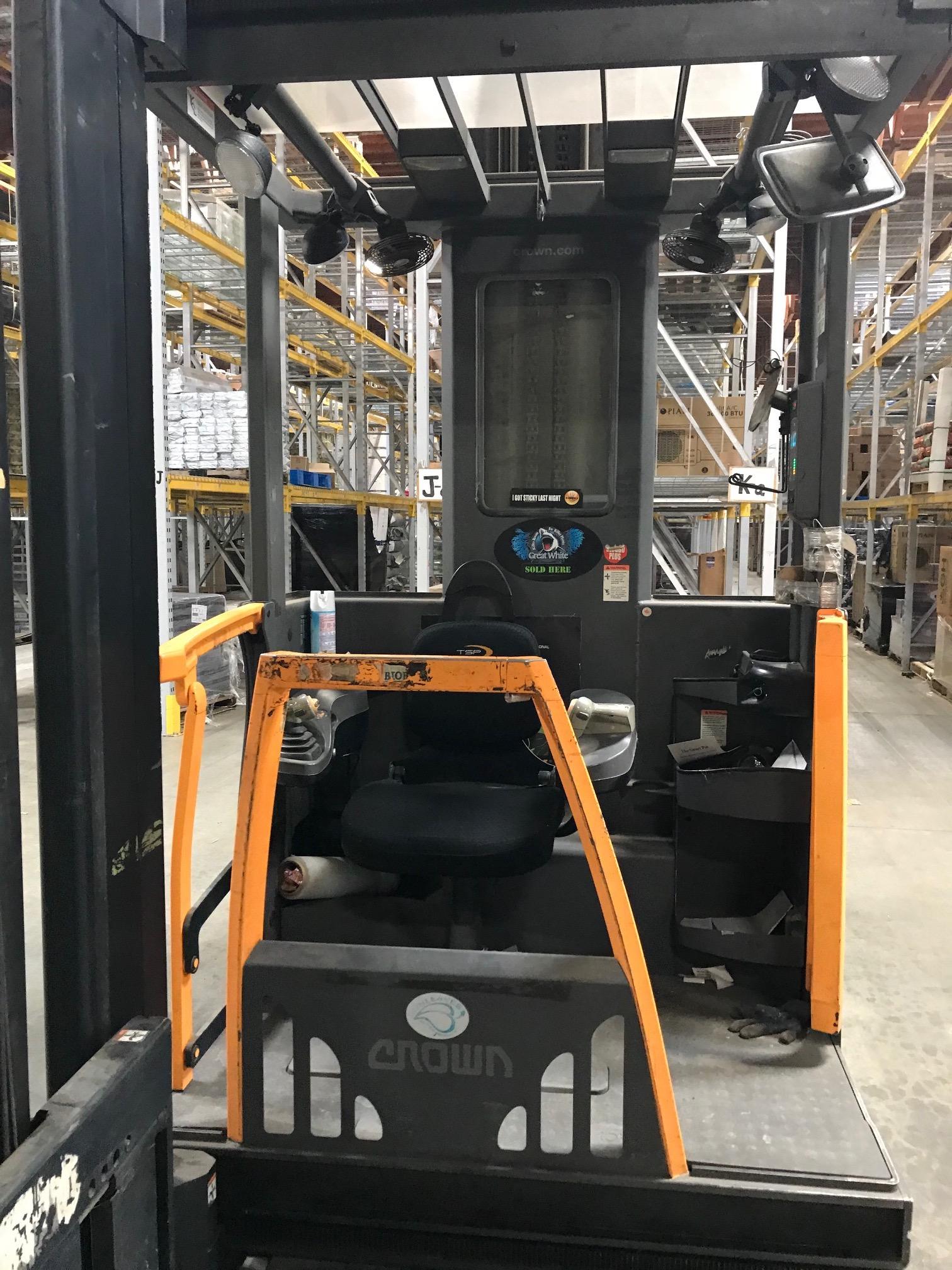 CES #21236 Crown TSP6000-30 Man Up Turrett Forklift