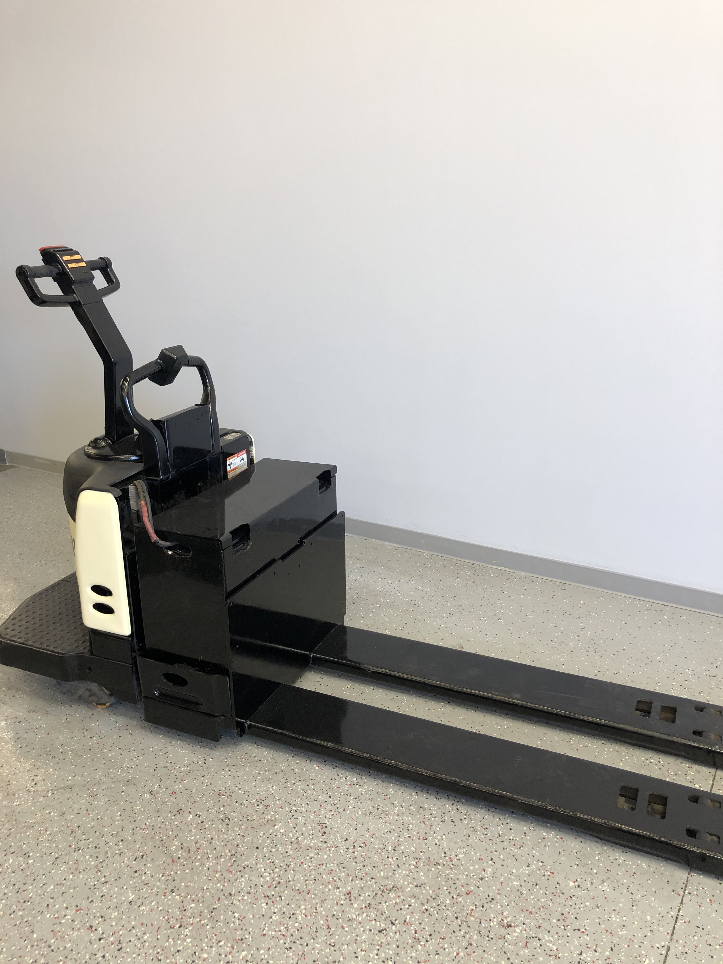 Used Noblelift Electric Forklift Ces 21180 Coronado